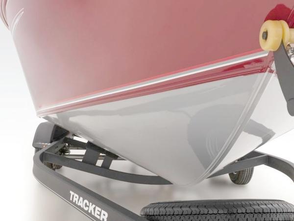2020 Tracker Boats boat for sale, model of the boat is Targa™ V-19 Combo & Image # 4 of 8