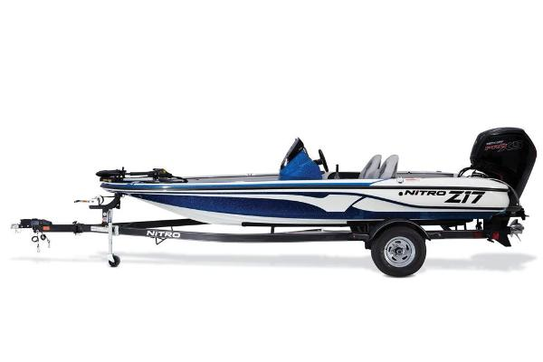 2017 Nitro boat for sale, model of the boat is Z17 & Image # 17 of 65