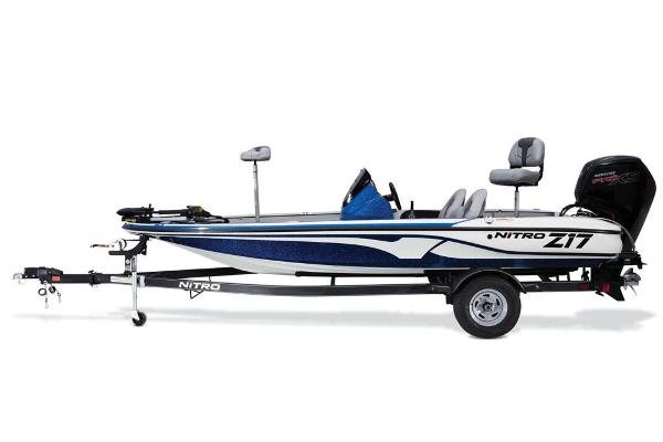 2017 Nitro boat for sale, model of the boat is Z17 & Image # 18 of 65