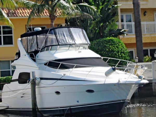 Silverton - 410 Sport Bridge Motor Yachts. Listing Number: M-3785234