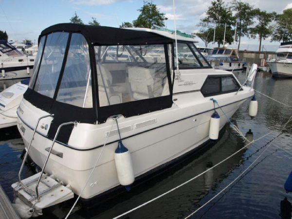 Bayliner 2452 Ciera Express boat for sale