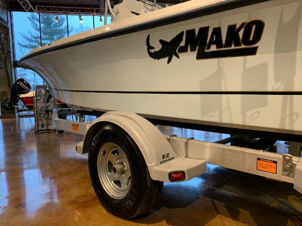 2020 Mako boat for sale, model of the boat is 19 CPX & Image # 16 of 16