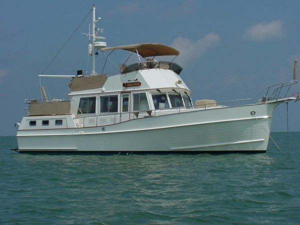 Grand Banks 42 Motoryacht Motor Yachts. Listing Number: M-3545251