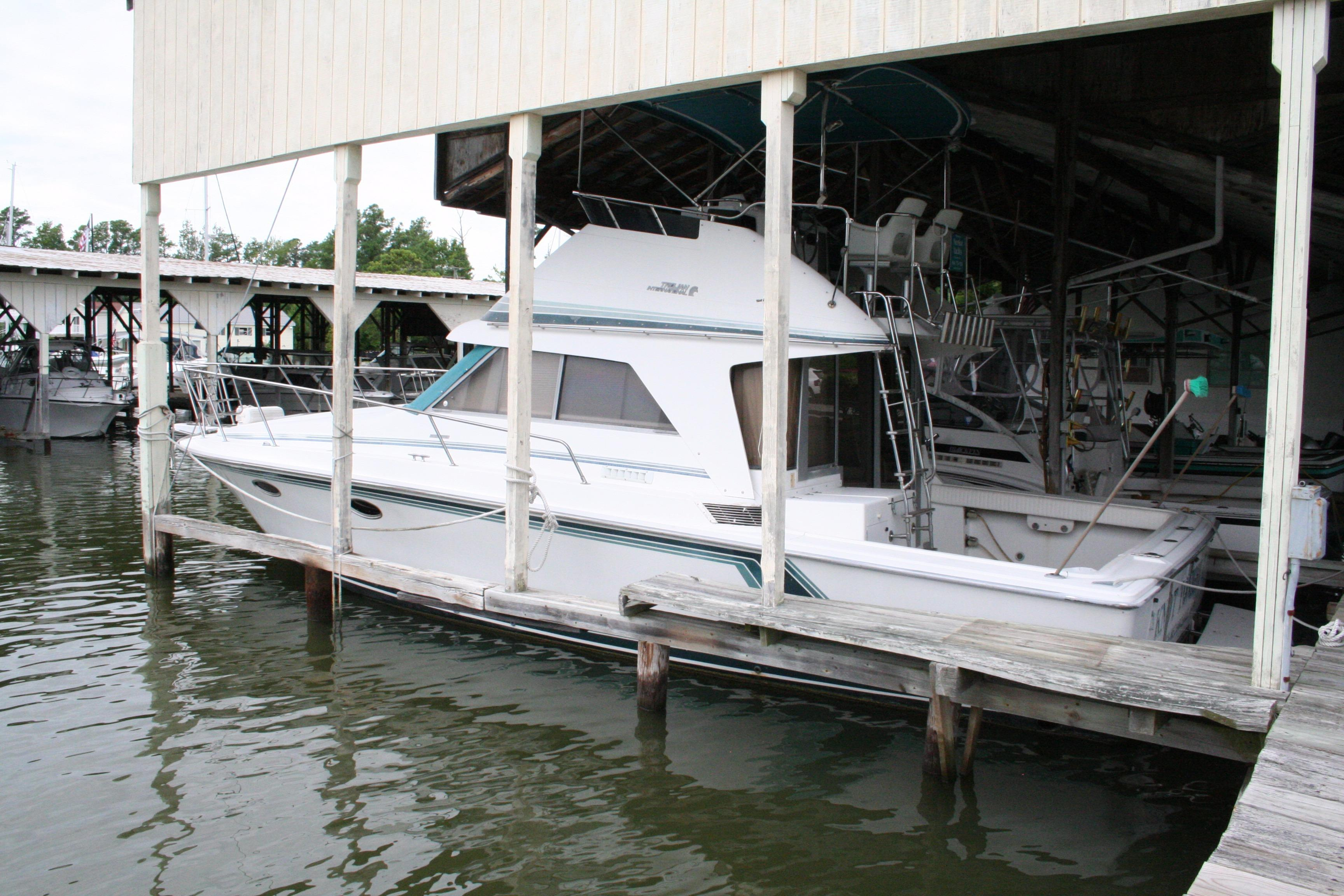 1988 Trojan 36 Sport Sedan | Powerboats for Sale