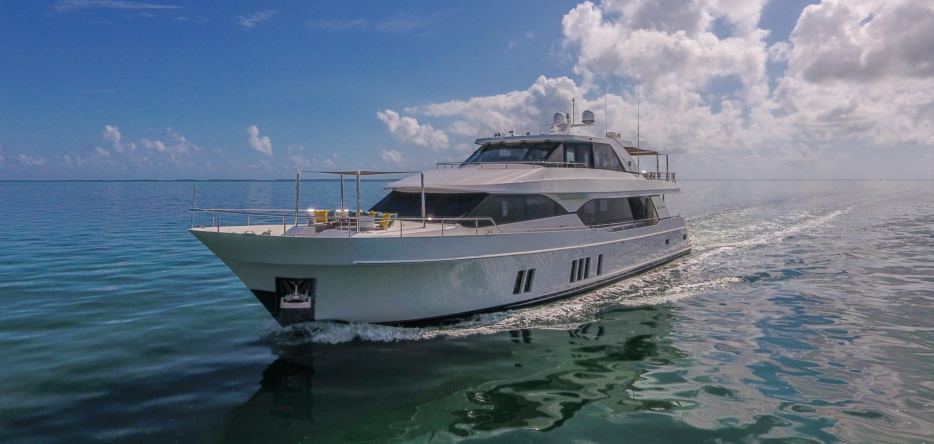 100 Foot Yacht >> 100 Ocean Alexander 2016 Miami Denison Yacht Sales