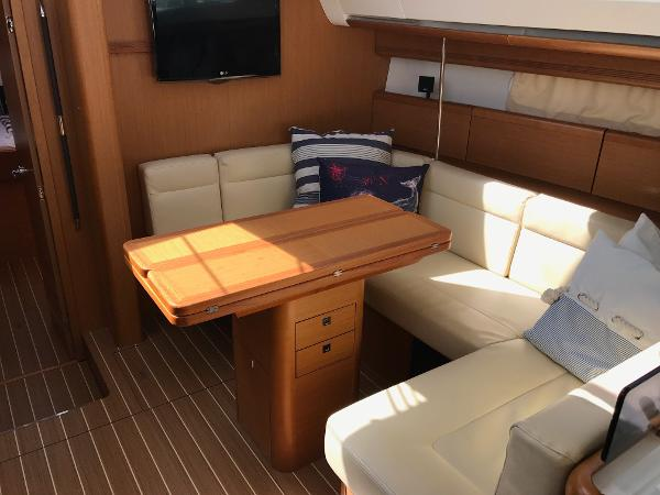 Jeanneau Sun Odyssey 45 DS Purchase Broker
