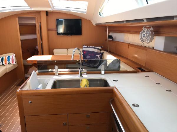 Jeanneau Sun Odyssey 45 DS Brokerage Sell