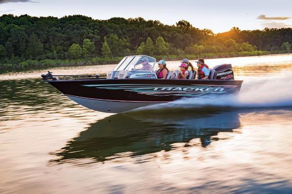 2018 Tracker Boats boat for sale, model of the boat is Targa V-19 Combo & Image # 11 of 66