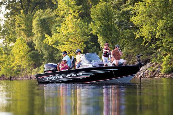 2018 Tracker Boats boat for sale, model of the boat is Targa V-19 Combo & Image # 15 of 66