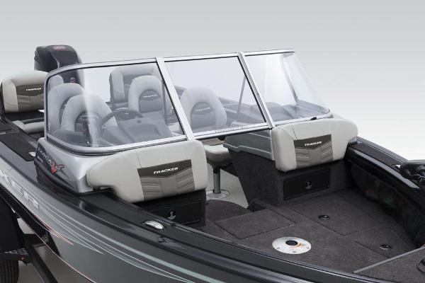 2018 Tracker Boats boat for sale, model of the boat is Targa V-19 Combo & Image # 26 of 66