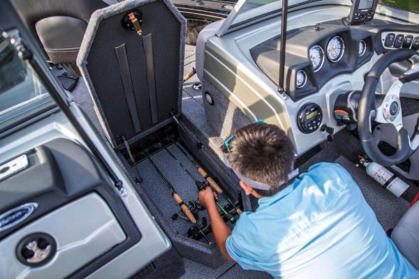 2018 Tracker Boats boat for sale, model of the boat is Targa V-19 Combo & Image # 65 of 66