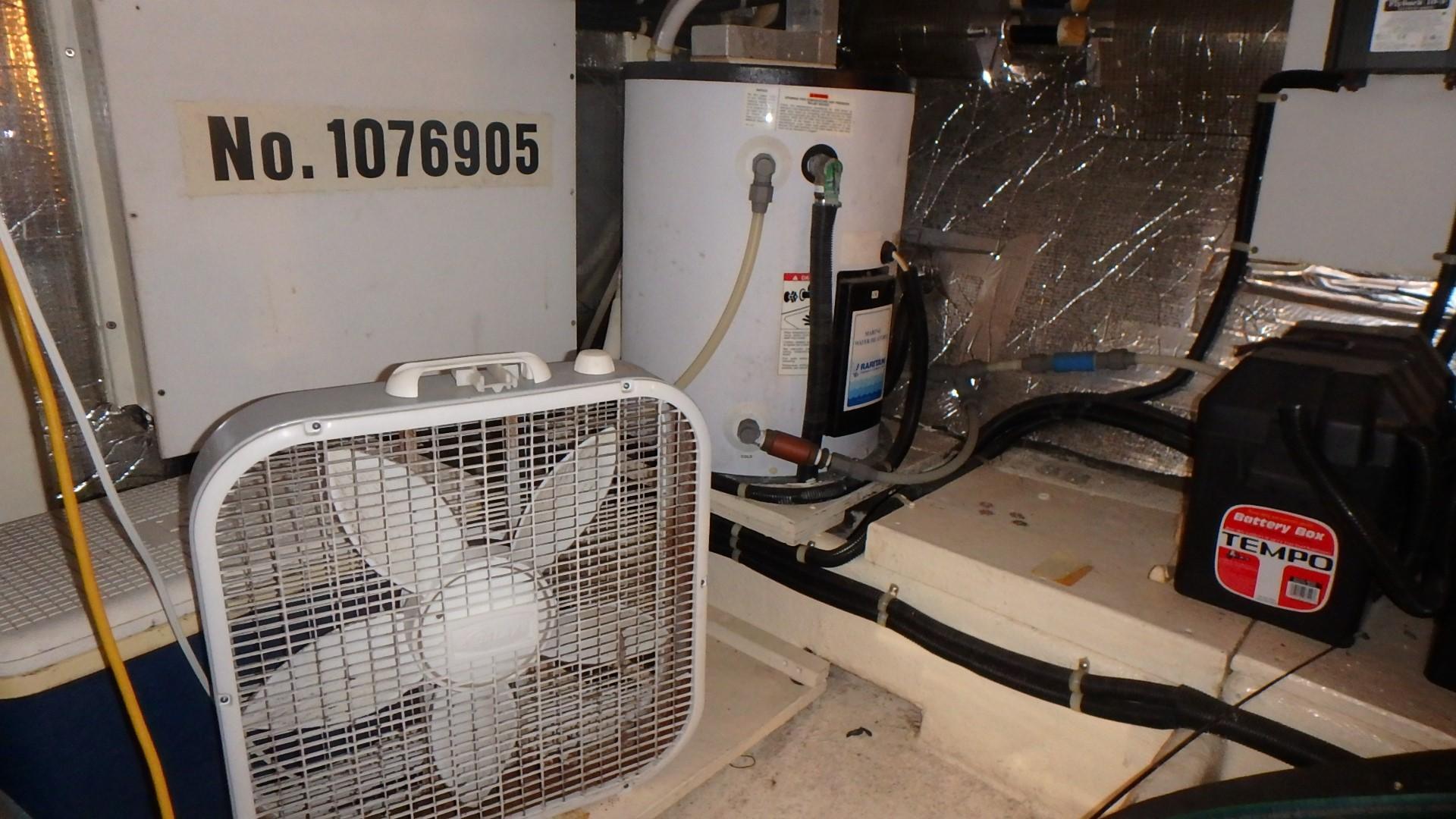 Navigator 4800 CLASSIC - Large Hot Water Heater