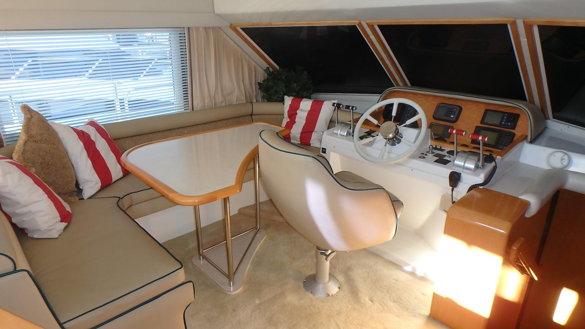 Navigator 4800 CLASSIC - Lower Helm 2