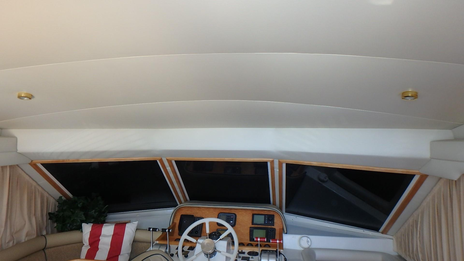 Navigator 4800 CLASSIC - Clean Headliner