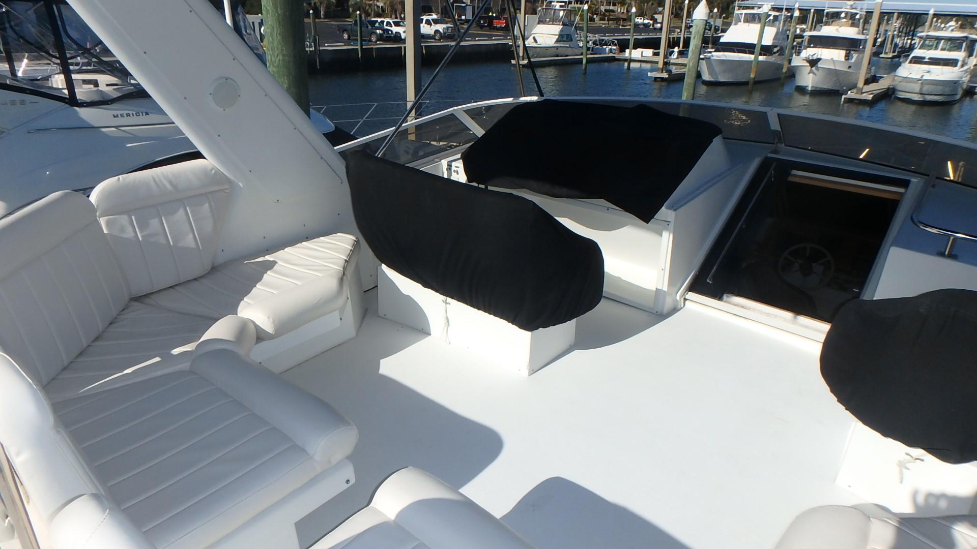 Navigator 4800 CLASSIC - Bridge Seating
