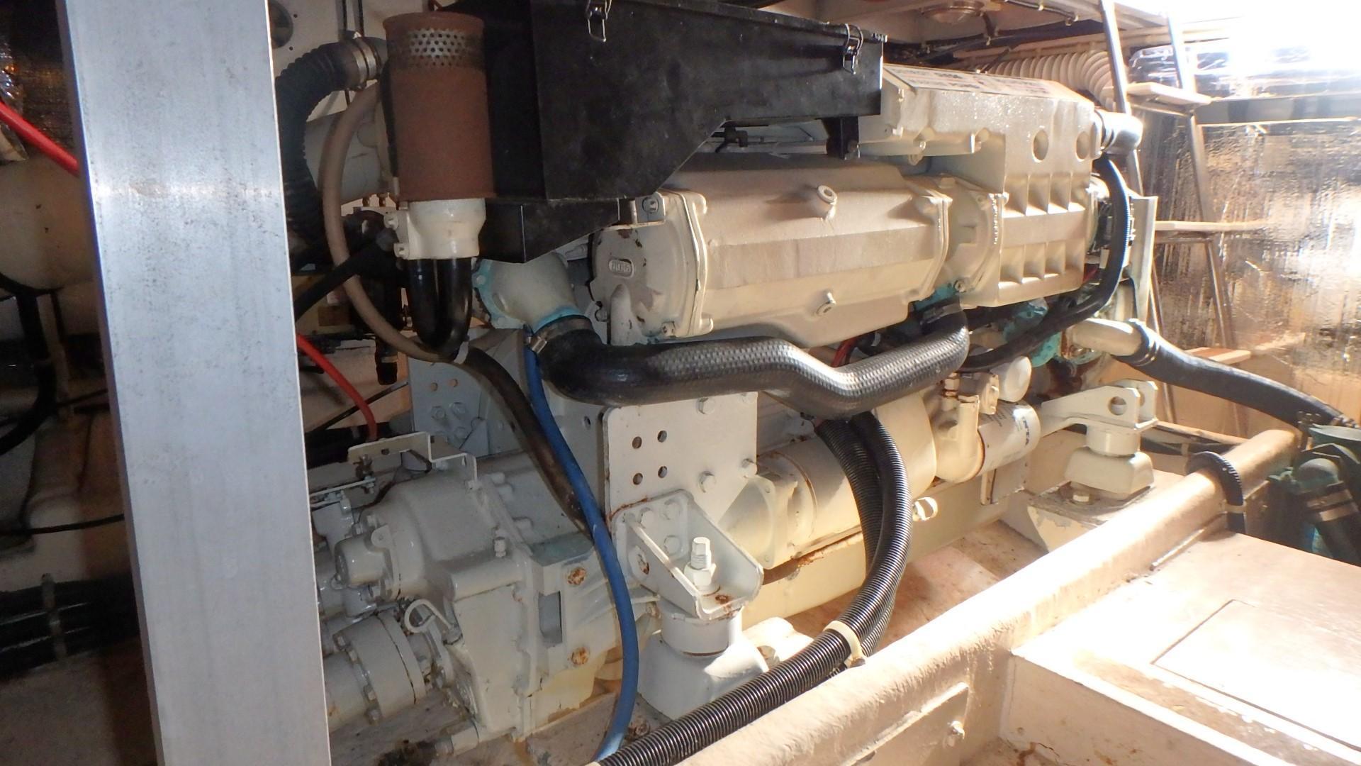 Navigator 4800 CLASSIC - Port engine 2