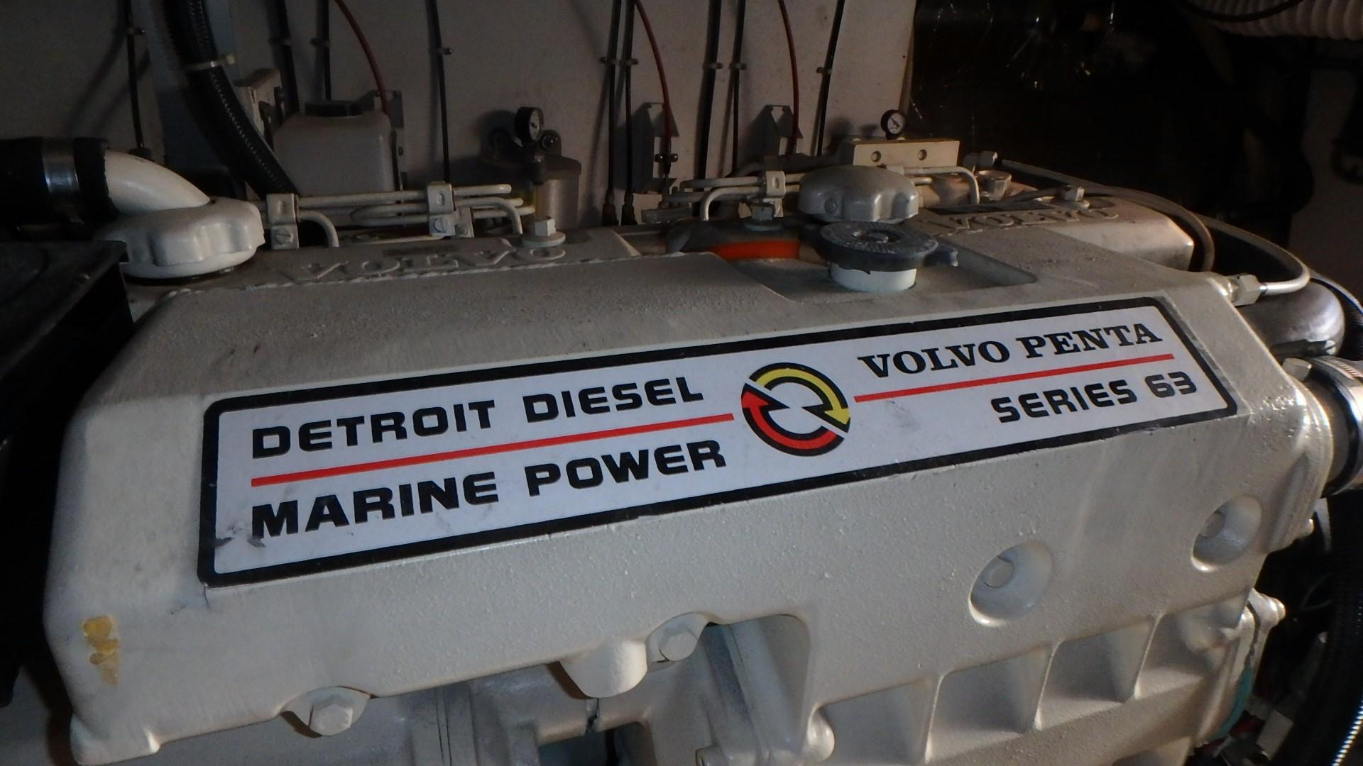 Navigator 4800 CLASSIC - Port Engine 3