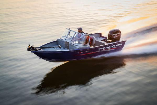 2017 Tracker Boats boat for sale, model of the boat is Pro Guide V-16 WT & Image # 4 of 46