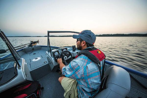 2017 Tracker Boats boat for sale, model of the boat is Pro Guide V-16 WT & Image # 44 of 46