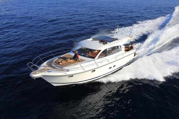 Picture Of:  44' Nimbus 405 Coupé 2017Yacht For Sale | 4 of 23