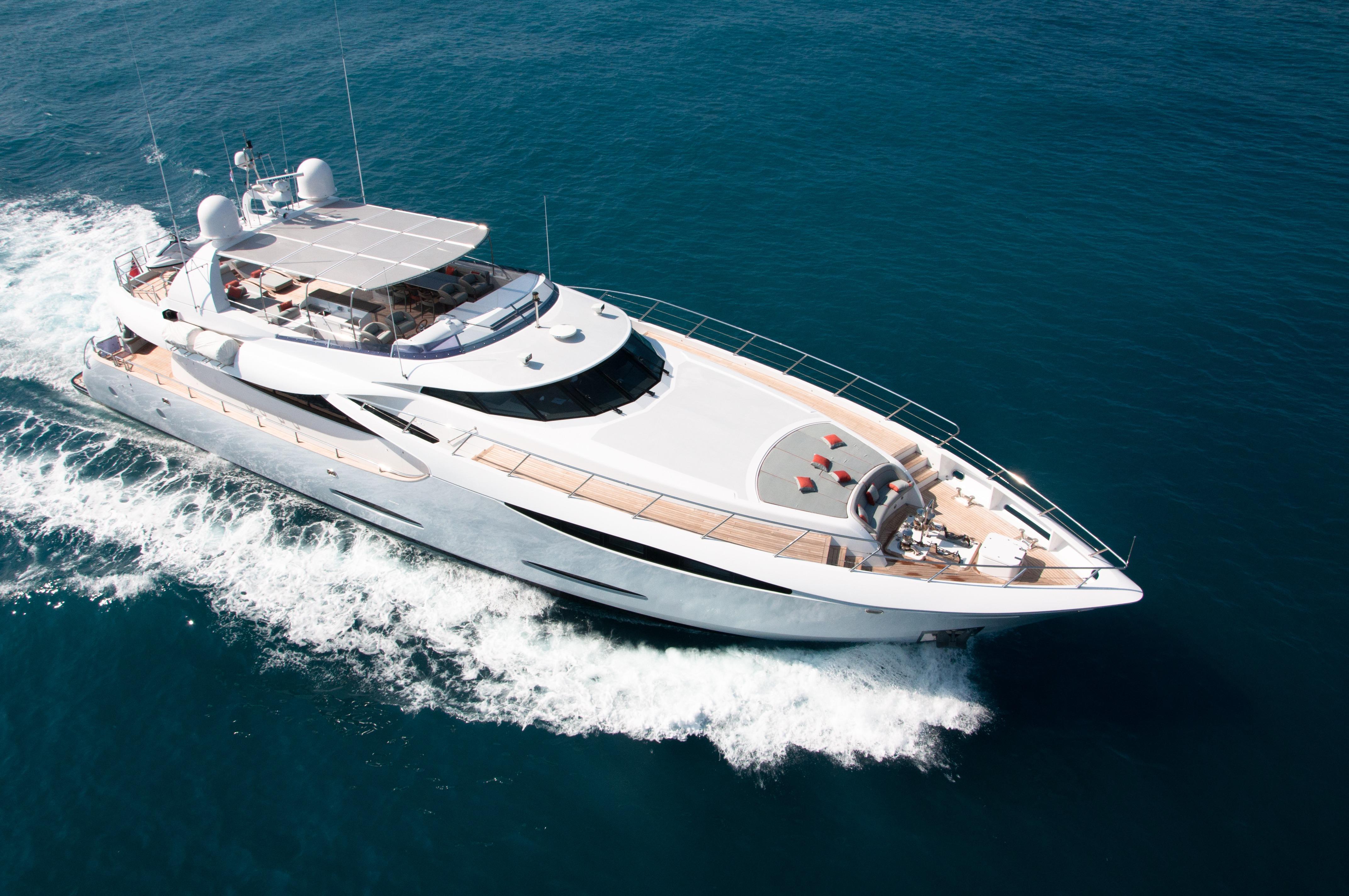 Fast Motor Yacht - GEMS