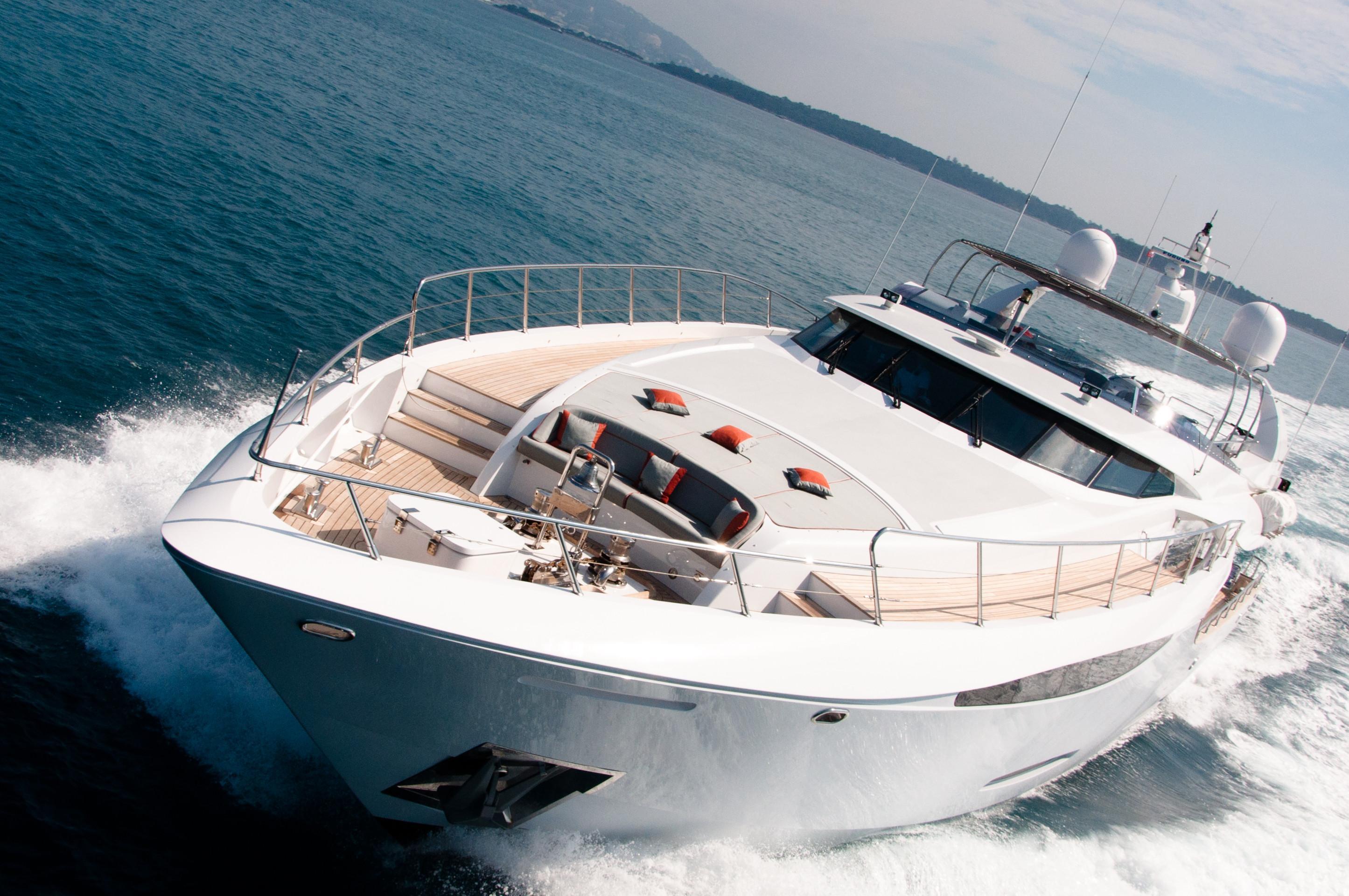 GEMS - Spped yacht