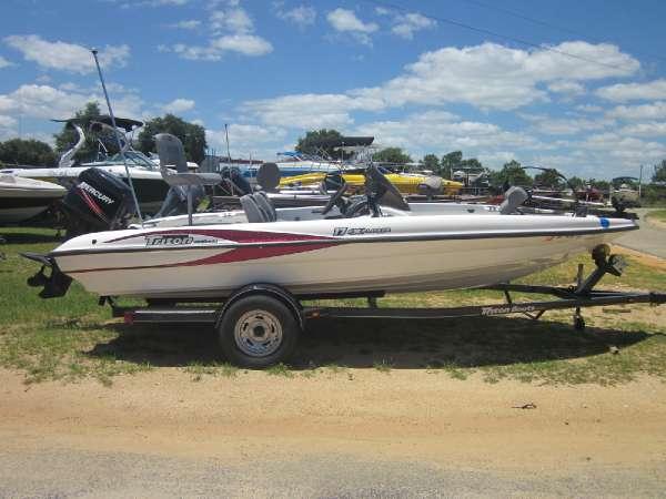 2008 TRITON 17 EXPLORER for sale