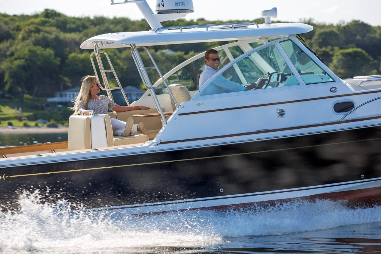 Hunt Yachts 2019 Surfhunter 32 32 Yacht for Sale in US