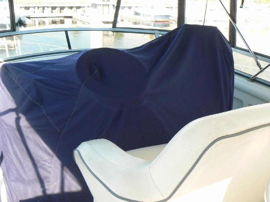 Carver 440 Aft Cabin Motor Yacht - Helm Cover