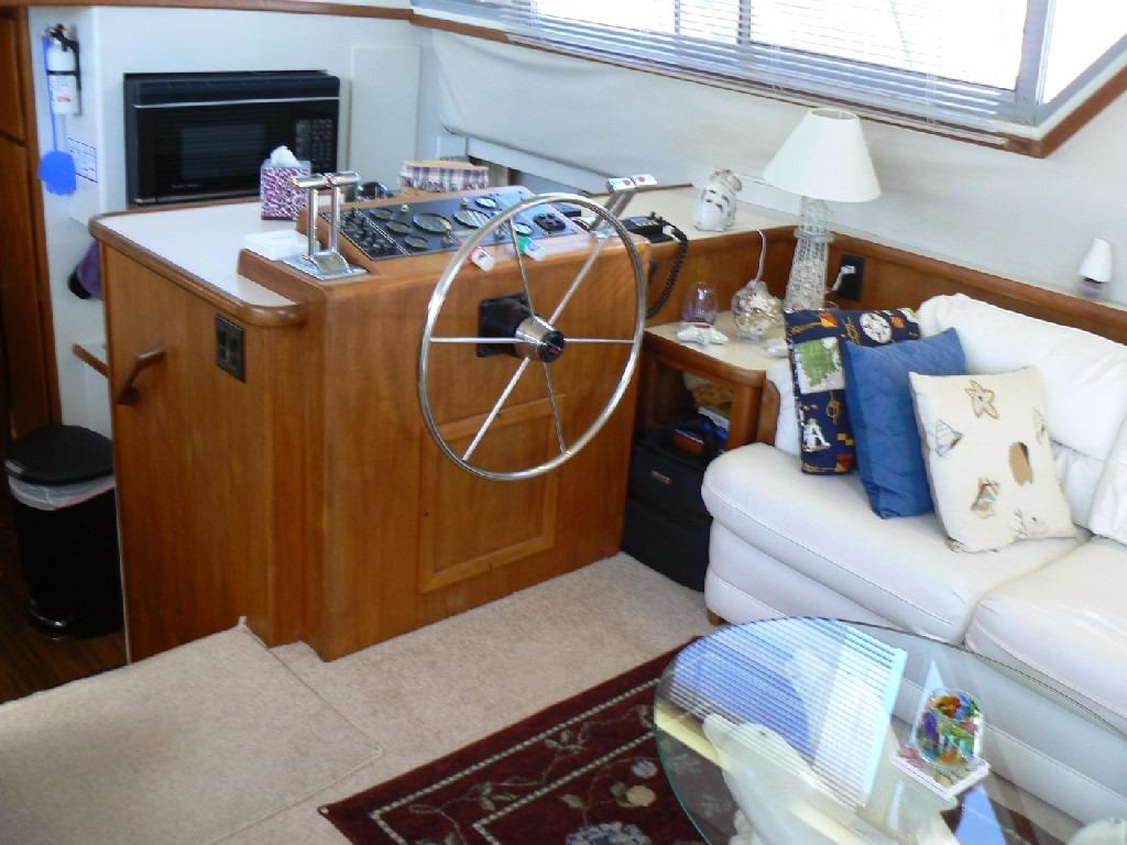 Carver 440 Aft Cabin Motor Yacht - Lower Helm 1