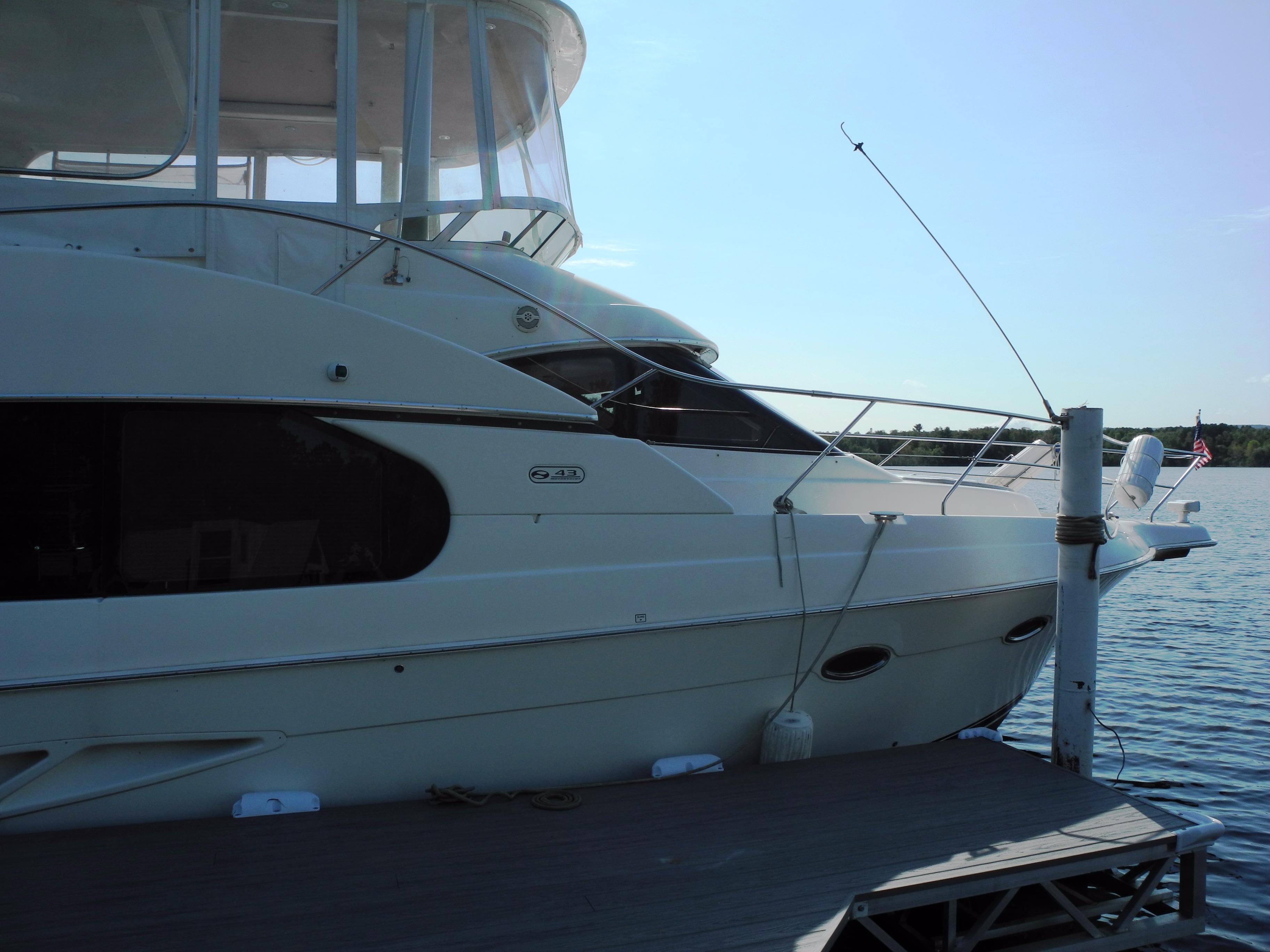 2006 Silverton 43 Motor Yacht For Sale