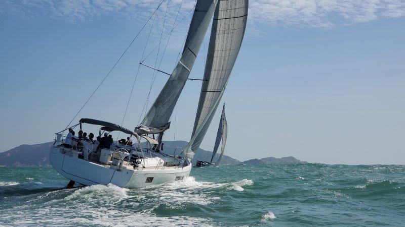 Oceanis 51.1 Photo
