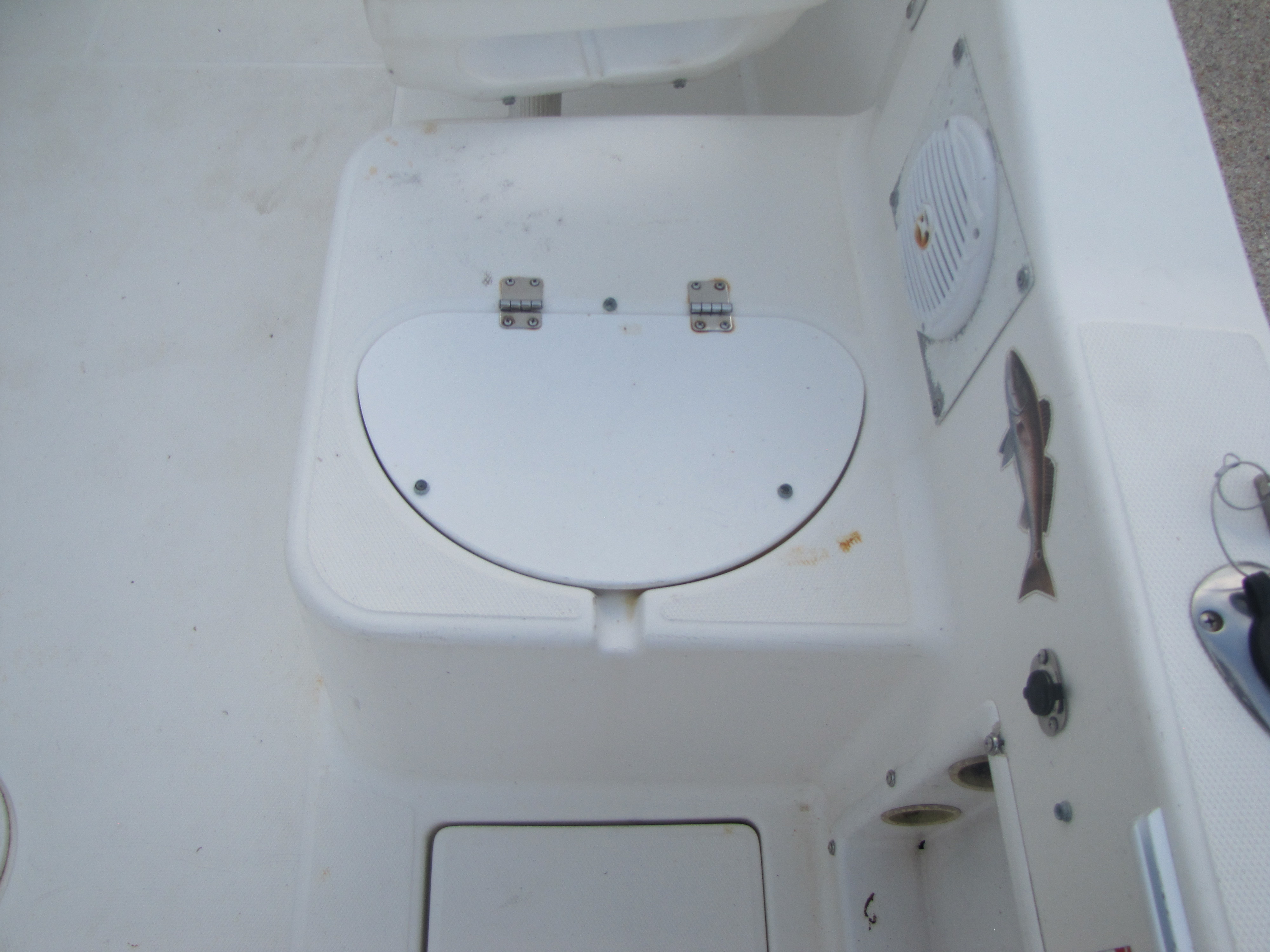 2000 Aquasport boat for sale, model of the boat is 215 Osprey Sport & Image # 4 of 21