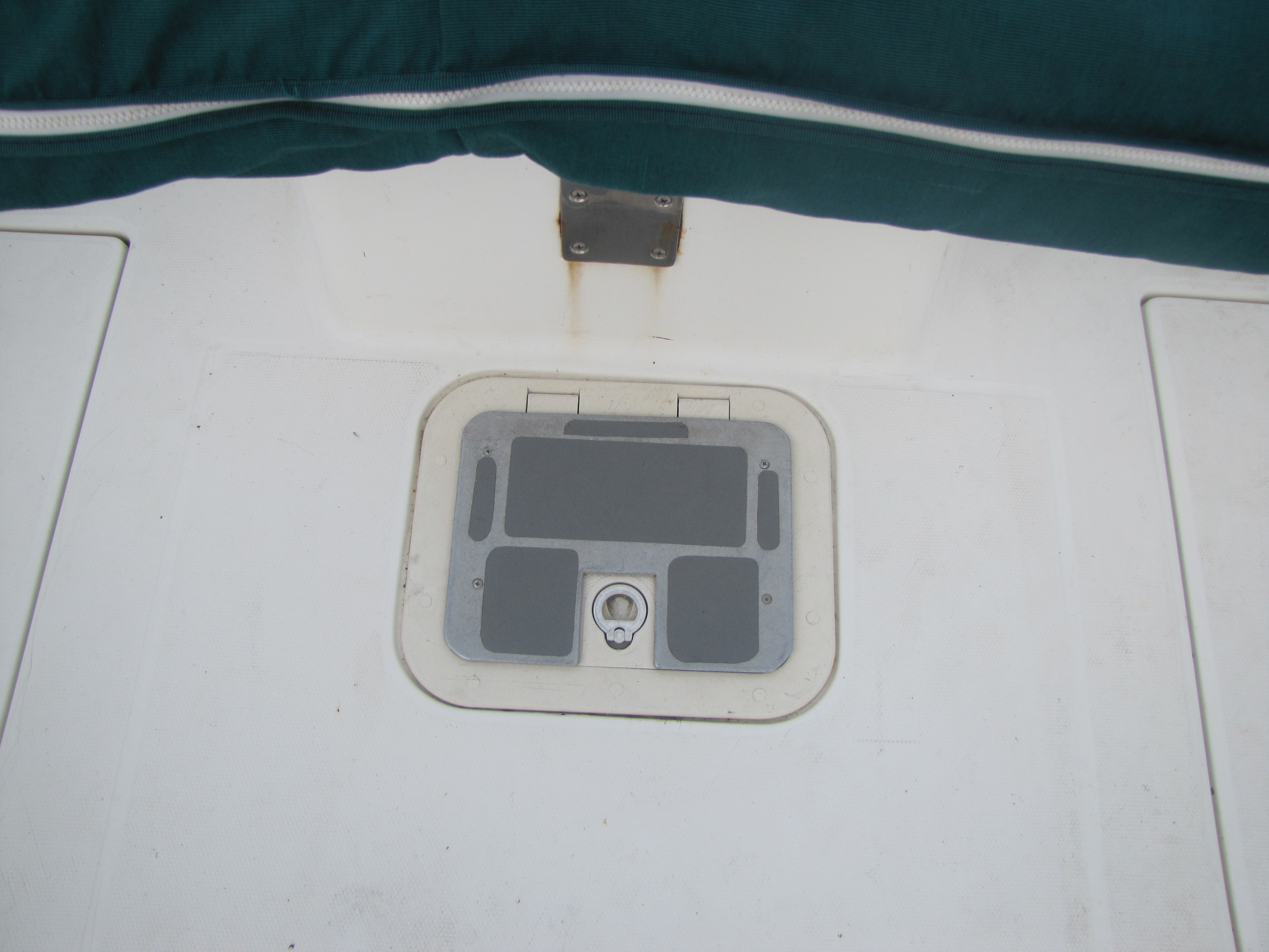 2000 Aquasport boat for sale, model of the boat is 215 Osprey Sport & Image # 16 of 21