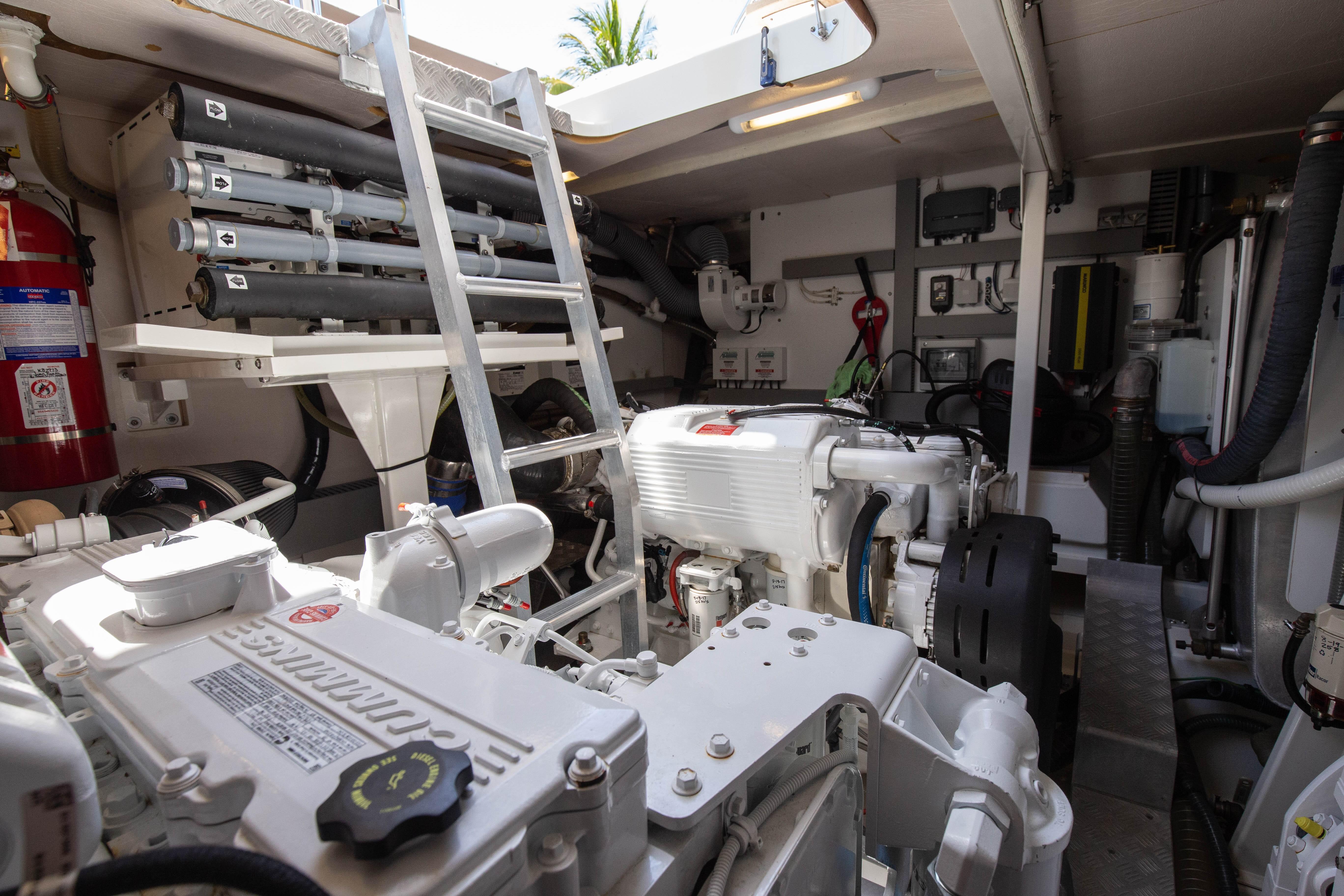 55 Prestige Paladin 2016 North Miami | Denison Yacht Sales
