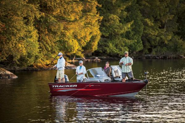 2017 Tracker Boats boat for sale, model of the boat is Pro Guide V-175 Combo & Image # 7 of 48