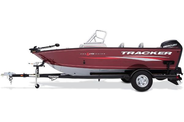 2017 Tracker Boats boat for sale, model of the boat is Pro Guide V-175 Combo & Image # 12 of 48