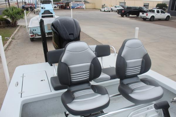 2020 Blazer boat for sale, model of the boat is 2220 GTS & Image # 7 of 9