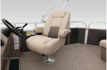 2020 Sun Tracker boat for sale, model of the boat is Signature Party Barge 20 w/90ELPT 4S CT & Image # 24 of 39