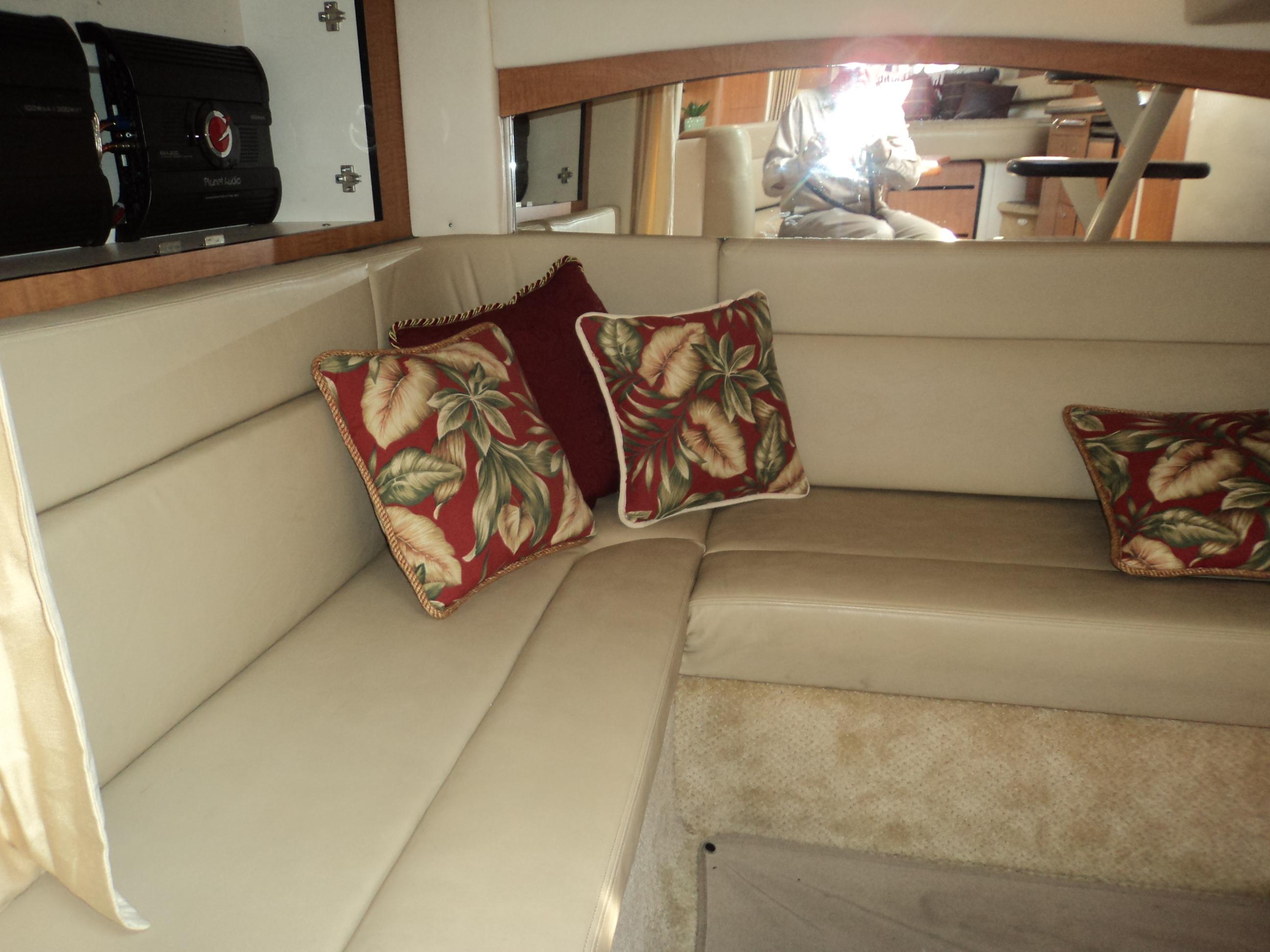 Guest Lounge And Convertible Bed