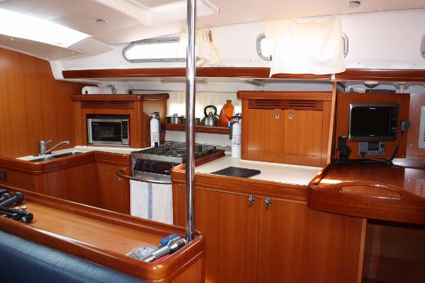 Beneteau 523 Sell BoatsalesListing