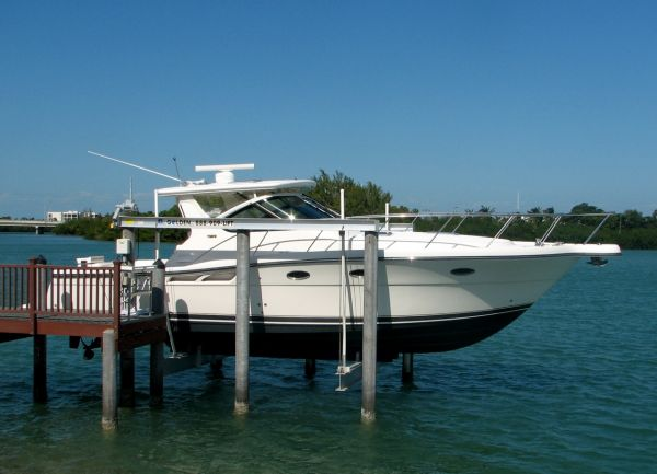 Tiara - 3600 Open Express Cruiser. Listing Number: M-3485383