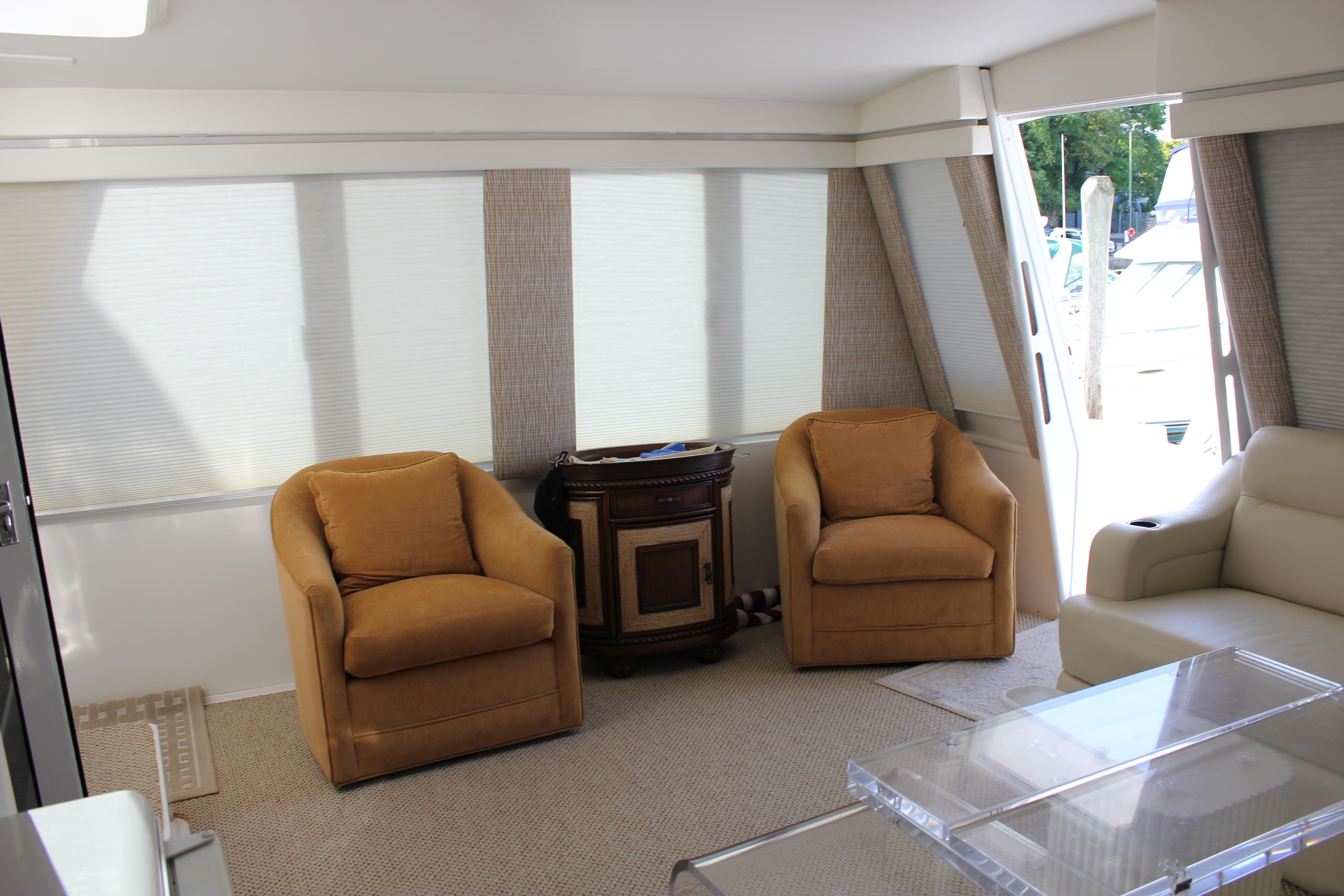 Enclosed Aft Deck