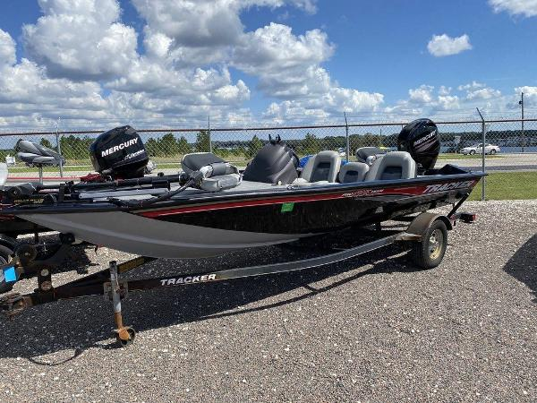 2018 Tracker Boats boat for sale, model of the boat is Pro Team™ 175 TXW & Image # 1 of 7