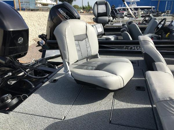 2018 Tracker Boats boat for sale, model of the boat is Pro Team™ 175 TXW & Image # 7 of 7