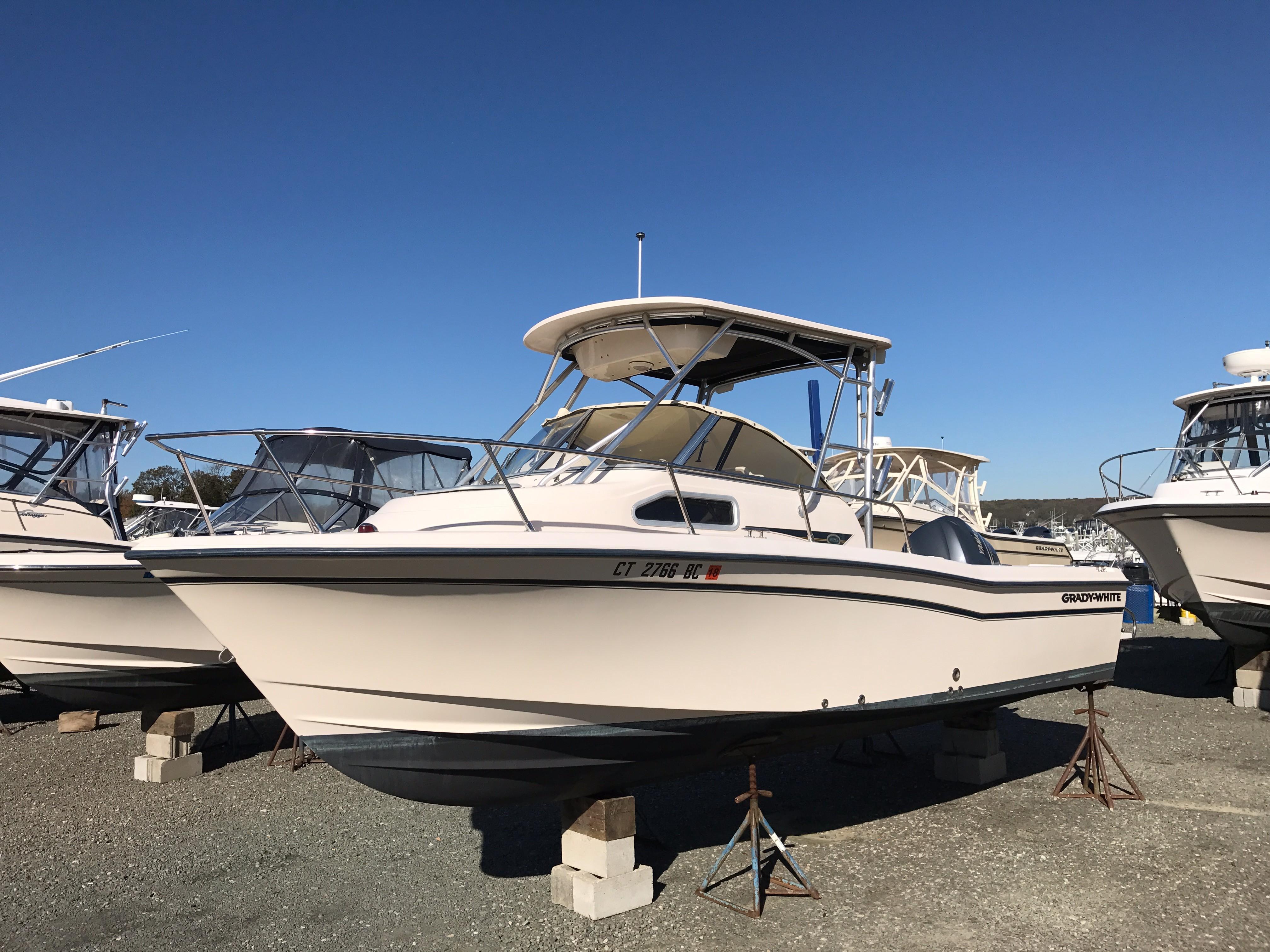 Grady-White226 Seafarer