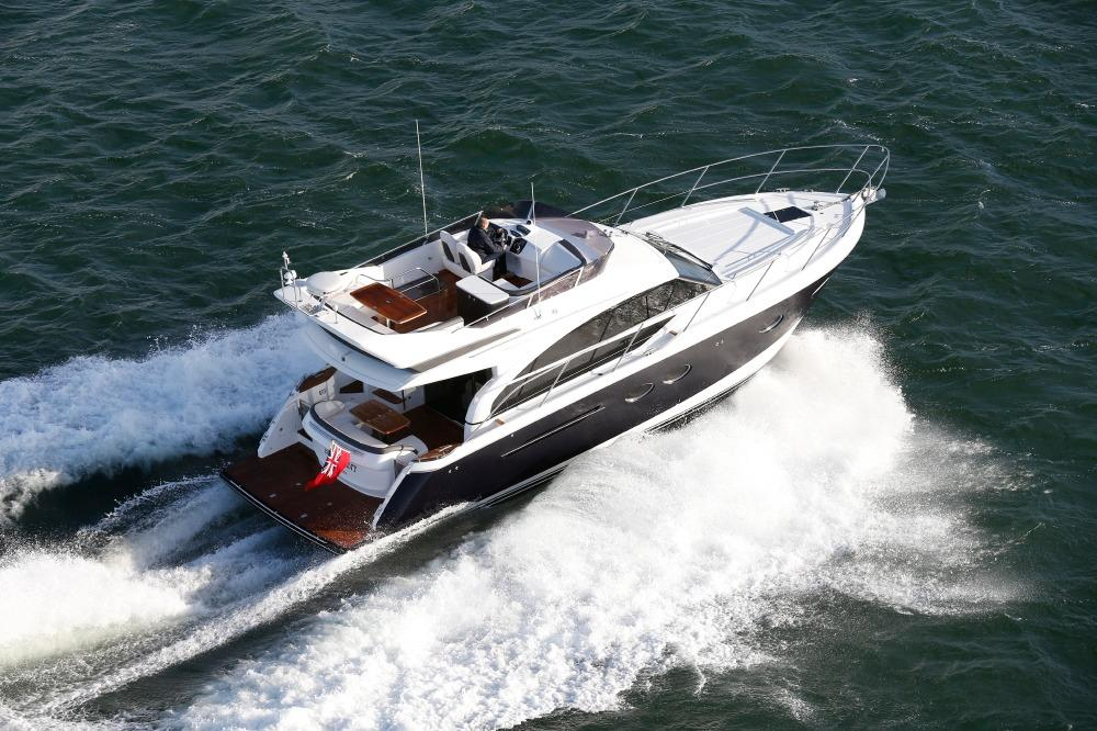 Manufacturer Provided Image: Princess Flybridge 43 Motor Yacht Stern