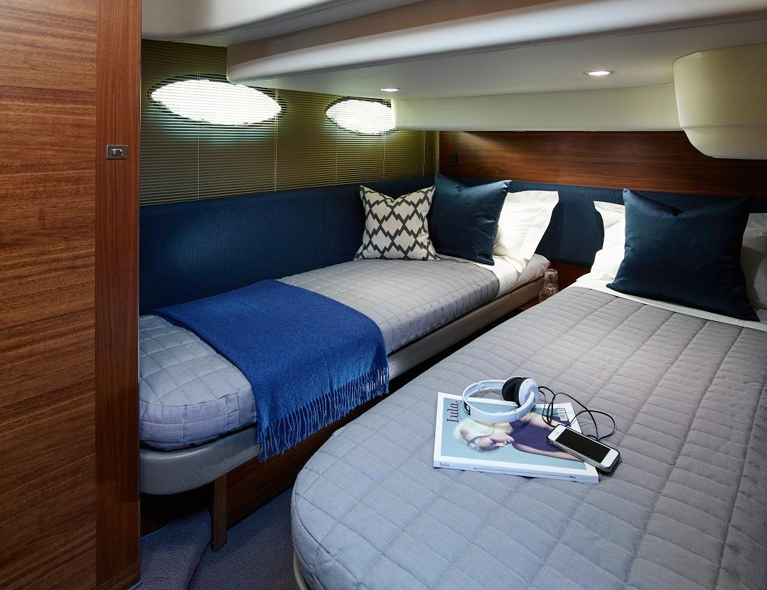 Manufacturer Provided Image: Princess Flybridge 43 Motor Yacht Guest Cabin