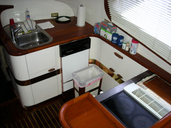 Galley/ Starboard