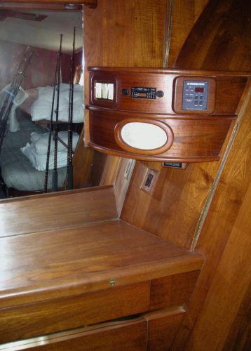 VIP Cabin/Vanity/Storage